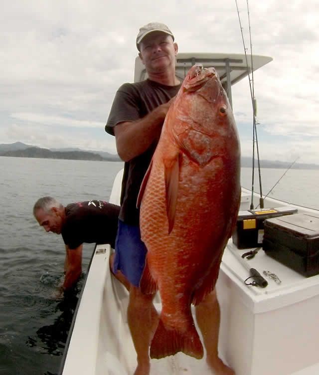 Cubera Snapper fishing in Guanacaste Papagayo