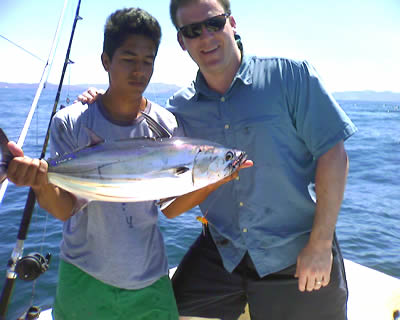 Peninsula de Papagayo inshore fishing for tuna