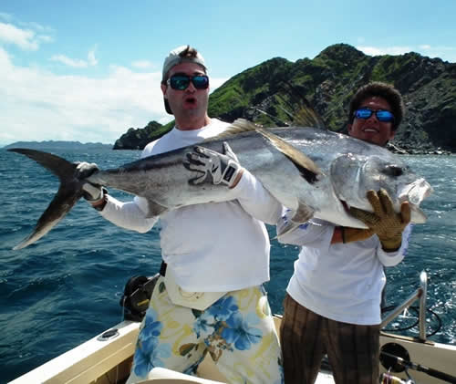 Roosterfishing out of Grand Papagayo