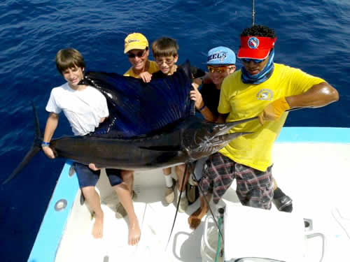 Papagayo Fishing with Mark Barbera family