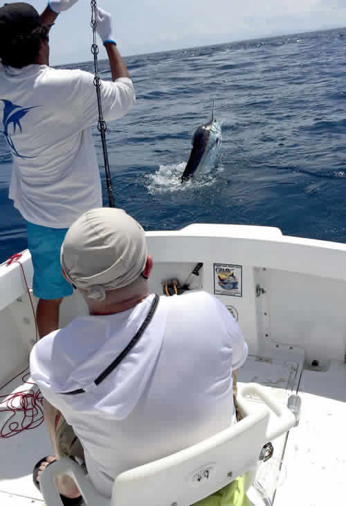 Inshore Fishing near Playa del coco
