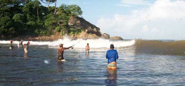 surf fishing in papagayo costa rica